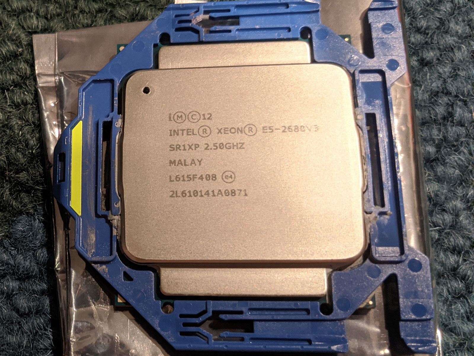 Photo of Intel Xeon E5-2680 v3 CPU